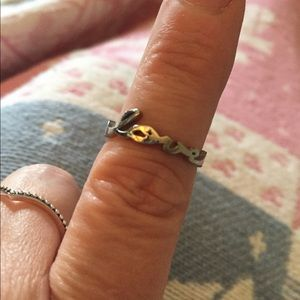 Jewelry - Love silver script ring